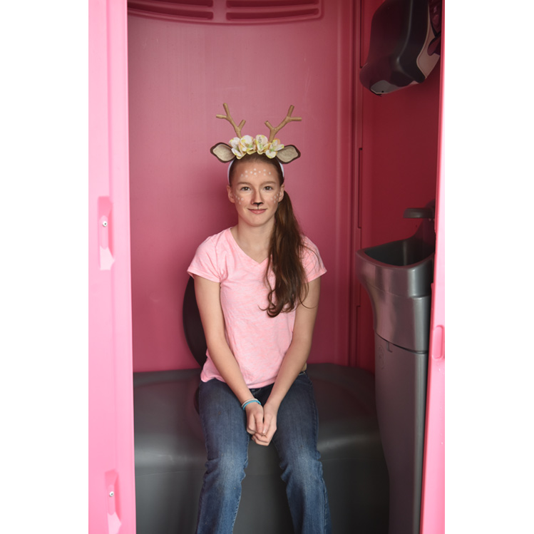 Pink Powder Room - Interior